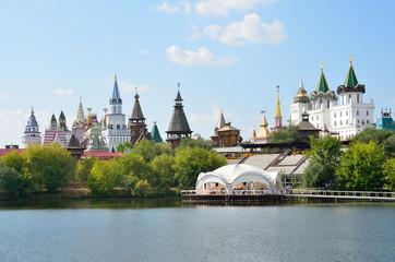Вид на Измайловский кремль летом, Москва