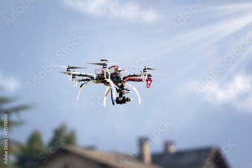 drone spy - 81598866