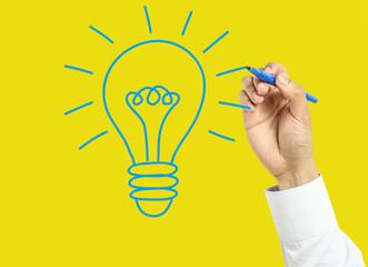 Businessman hand drawing big idea concept