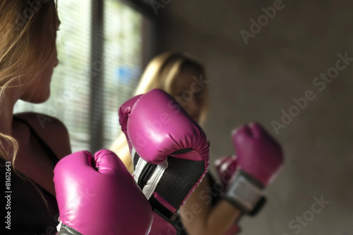 Foto op Canvas Vechtsport Boxing Woman