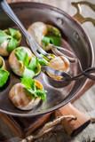 Tasting roasted snails - 81616635