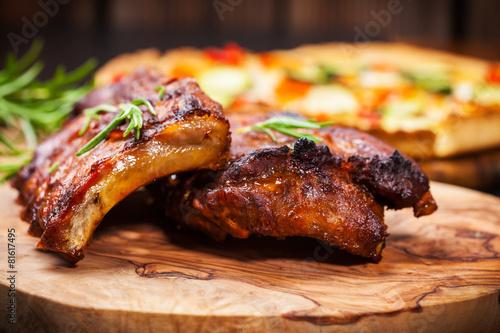Plexiglas Vlees BBQ spare ribs with herbs