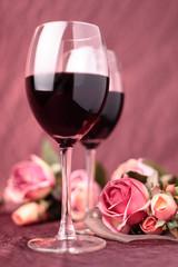 vino rosso e rose