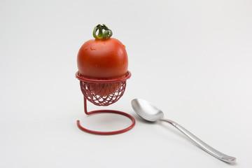 tomate en huevera