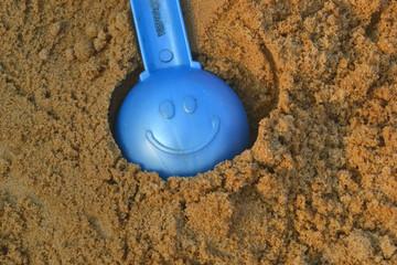 детская лопатка улыбка