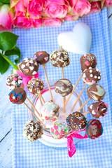 Cake Pops und Blumen