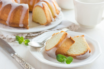 Bundt Cake  with Sugar Glaze