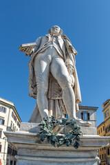 carlo goldoni statue