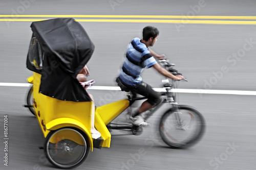 Leinwanddruck Bild alternative ecological clean transport