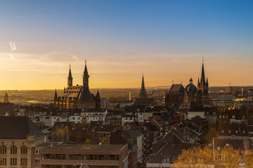 Aachen zum sonnenaufgang