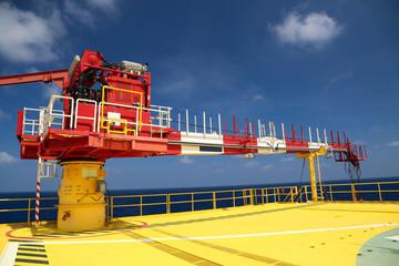 Crane construction on Oil and Rig platform
