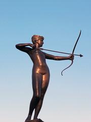 Artemis Fountain Statue - Hyde-Park