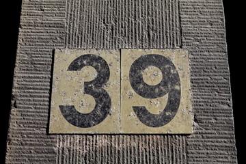 trente neuf, 39