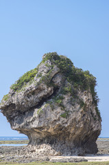 沖縄 八重瀬町の海岸