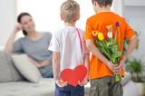 Fototapety Kinder mit Geschenken
