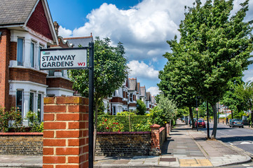 Stanway Gardens, London