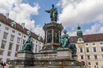 Памятник императору Францу I. Хофбург. Вена. Австрия