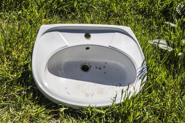 Broken washbasin