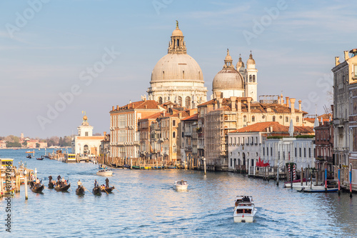 Grand Canal and Basilica of Santa Maria della Salute at sunset i