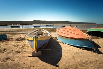 Sardegna, Barche nella laguna di Marceddì