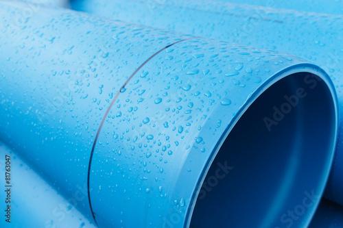 Leinwandbild Motiv Tropfen auf Wasserleitung