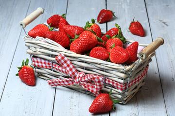 Erdbeerkorb1