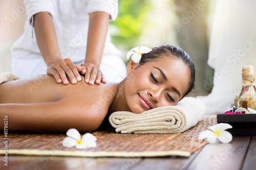 Leinwanddruck Bild Spa massage outdoor