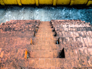 Escadas de bancadas