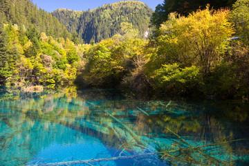 秋の九寨溝・神秘の湖
