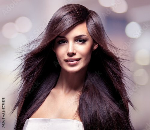 Fashion model with long straight hair. - 81798858