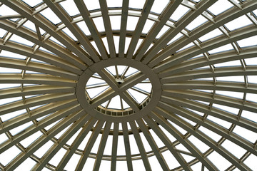 Сферический купол крыши изнутри