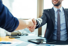 "Постер, картина, фотообои ""Close up of business handshake in the office"""