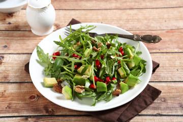 Avocado salad with arugula