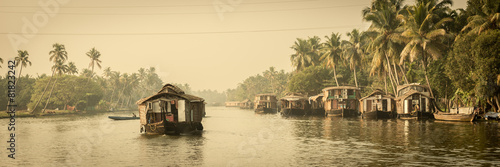 Papiers peints Inde Traditional Indian houseboat