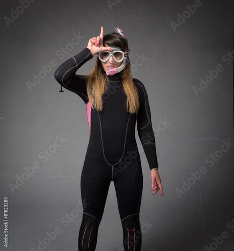 l for a loser diver - 81823288