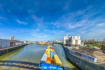 Ostend Hafen, Frankfurt