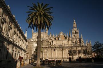 Giralda de Sevilla y Archivo de Indias