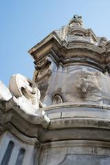 Obelisk, detail