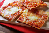 Pizza Margherita - 81837223