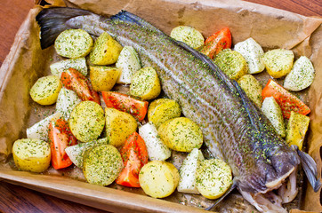 Whole cod with vegetables