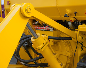 Detail of hydraulic bulldozer piston