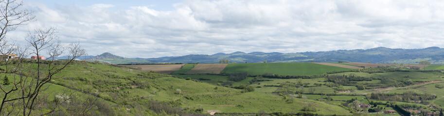 printemps sur l' Auvergne