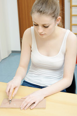 Linolschnitt als Ergotherapie und Kunsttherapie