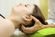 Osteopathie von Nacken und Halswirbel - 81875218