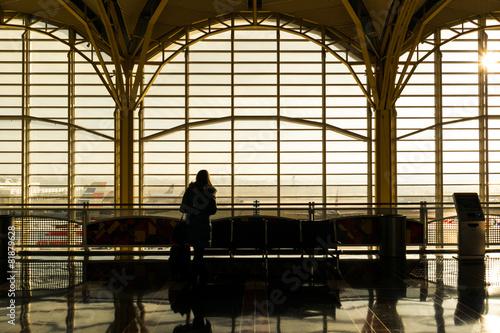 Foto op Plexiglas Treinstation Lonely in airport