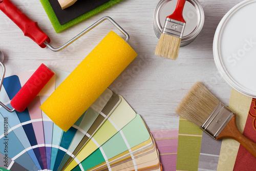 Leinwanddruck Bild Decorator's work table with tools