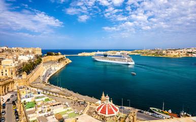 Cruise liner leaving Valletta - Malta