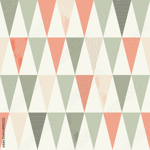 Seamless Geometric Texture with Peach-Pink and Grey Triangles © ru.co.la