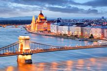 """Постер, картина, фотообои """"Budapest with chain bridge and parliament, Hungary"""""""