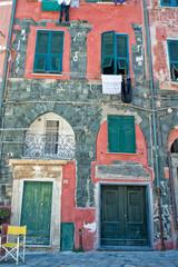 Vernazza cinque terre village houses